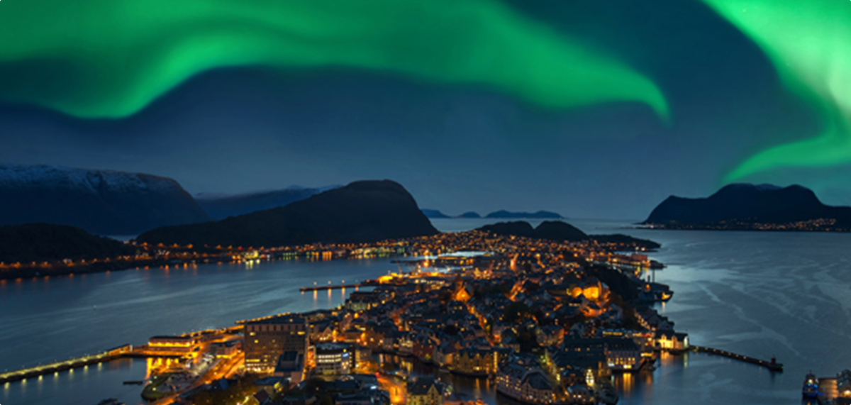 Northern Lights and Novel Ideas